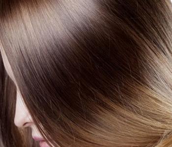 تنعيم الشعر بالبيض والأفوكادو