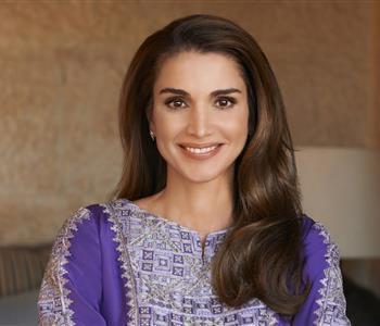 أجمل إطلالات الملكة رانيا على انستجرام تجعلك تفتخرين بعروبتك