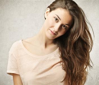 3 وصفات طبيعية لتكثيف الشعر