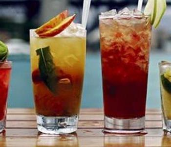 طريقة عمل شربات المناسبات بمكونات مختلفة