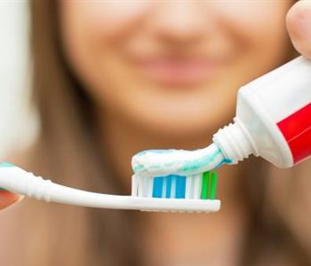 استخدامات معجون الاسنان غير المتوقعة