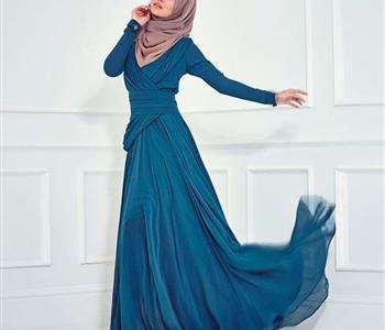 اعرفي نصائح عن كيفية اختيار فستان سهرة مناسب لشكلك مع الحجاب