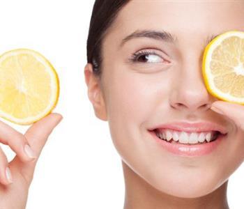 ماسك الليمون والعسل لعلاج جفاف البشرة واستعادة نضارتها