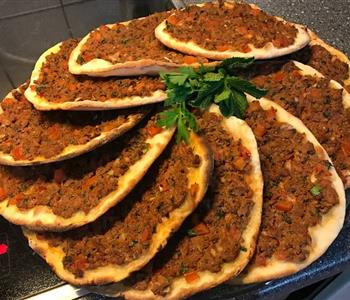 طريقة عمل صفيحة اللحم الشامية