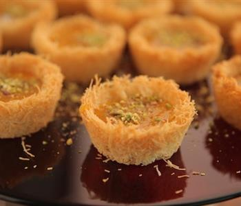 طريقة عمل كب كيك الكنافة لتحلية لذيذة في رمضان