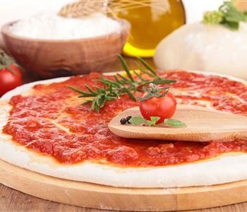6 طرق مختلفة لتحضير صلصة البيتزا.. تعرفي عليها