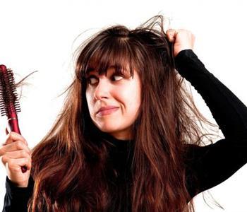 وصفات طبيعية مغربية لعلاج تساقط الشعر بطريقة سحرية