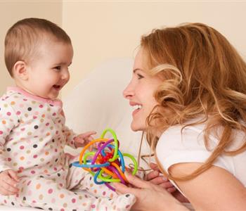 نصائح تحتاجها كل أم جديدة في تربية اطفالها