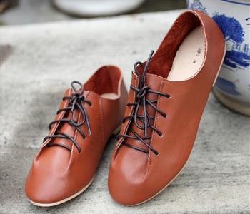 طرق فعالة لتوسيع الحذاء الضيق.. وداعاً لآلام القدم