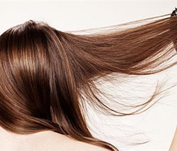 وصفات طبيعية لتنعيم الشعر من أول مرة