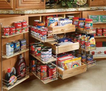 بالصور.. 10 طرق لتنظيم خزين الشهر بالمطبخ