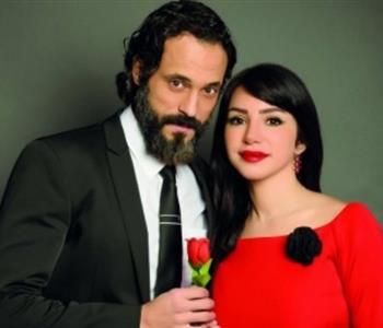 يوسف الشريف يحتفل بمرور 9 سنوات على زواجه من إنجي علاء
