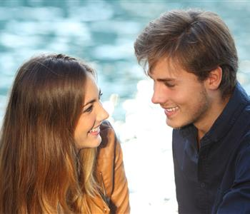 9 علامات تخبرك أنك واقعة في الحب