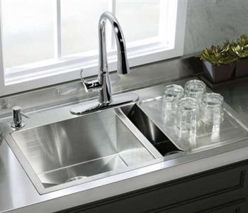 لا تغسلي أو تلقي هذه الاشياء في حوض المطبخ أو الحمام نهائيا