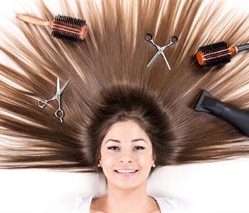 ماسكات رائعة لتنعيم الشعر بمكونات منزلية سهلة وبسيطة