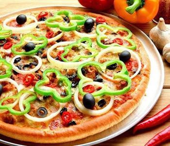 طريقة عمل عجينة البيتزا باللبن الرايب