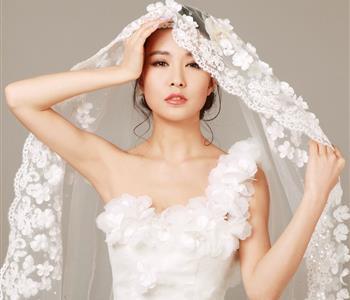 3 ماسكات طبيعية لتقشير الوجه لعروس 2018