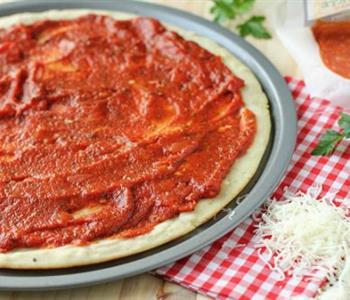 طريقة عمل صلصة البيتزا بالدجاج في المنزل