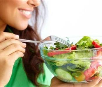 أطعمة تساعدك في حرق الدهون وتمنحك جسم ا ممشوق ا