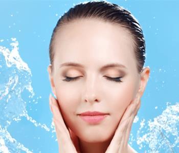 طرق طبيعية لتنظيف البشرة بدلًا من الصابون