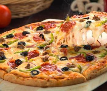 طريقة عمل عجينة البيتزا هت الاصلية